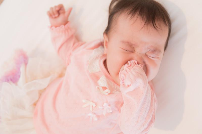 赤ちゃん 寝かしつけ バランスボール