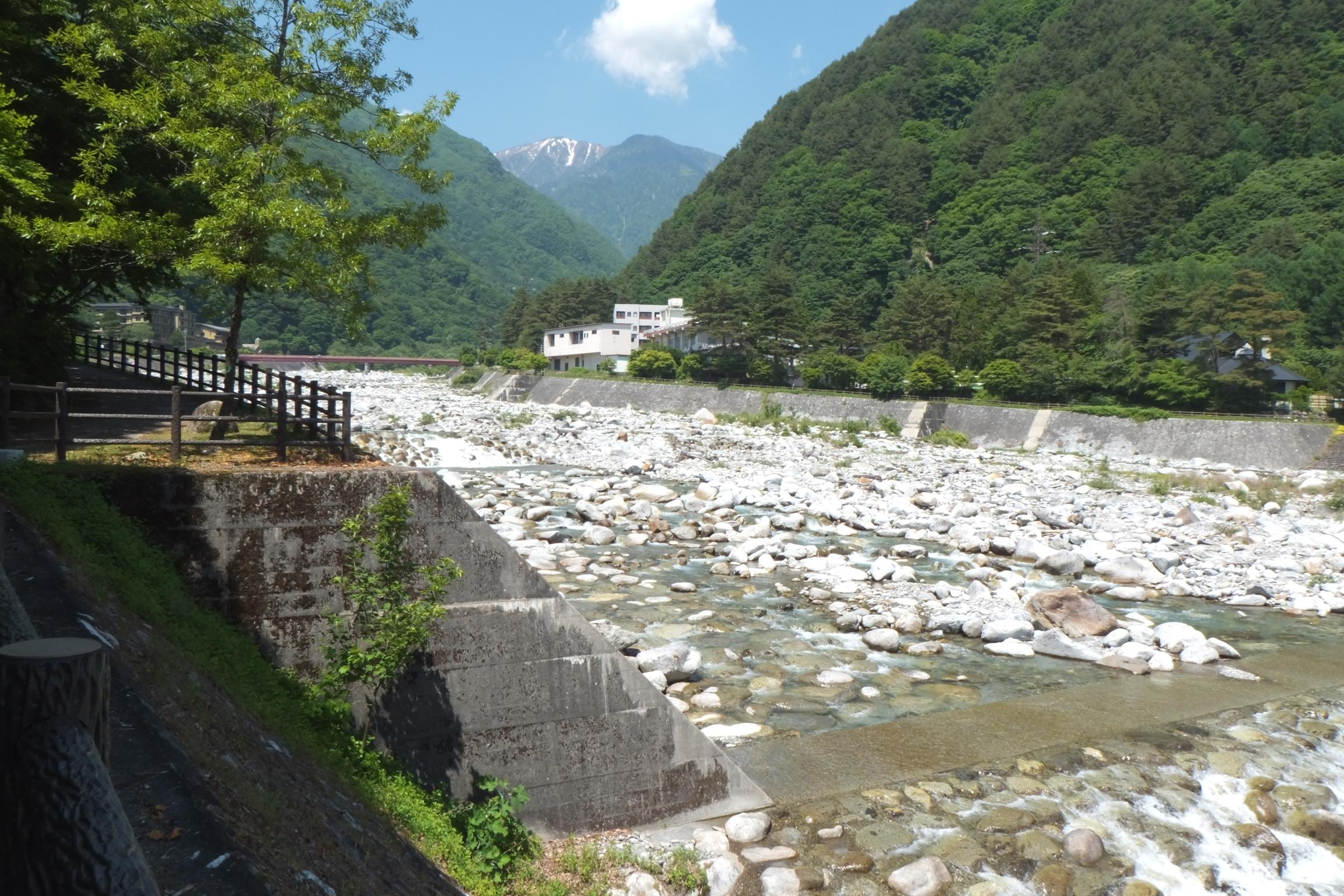 長野県内:ペットと遊ぶ 駒ヶ根市 こまくさ橋